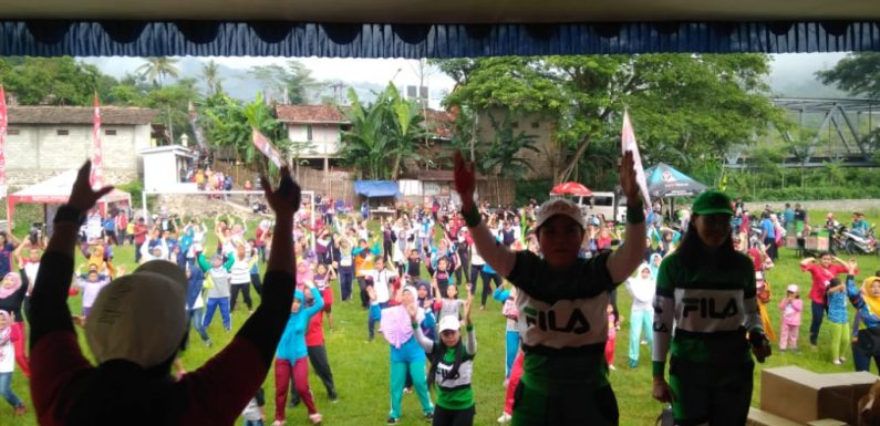 ACARA JALAN SEHAT DALAM RANGKA TAHUN BARU 2019