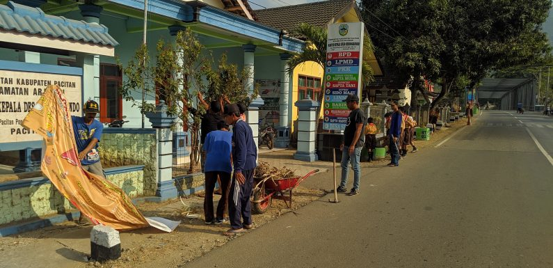 """PARTISIPASI DESA DALAM """"WORLD CLEANING UP DAY"""" (WCD) INDONESIA"""